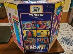 Donny and Marie Osmond Action Figures & Stage. Mattel 1976 Playset. New in box