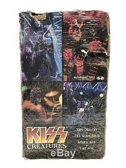 KISS Creatures McFarlane Deluxe Boxed Edition Action Figure Super Stage Set