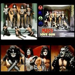 Kiss Love Gun Deluxe Box Edition Set Super Stage Figurines NEW