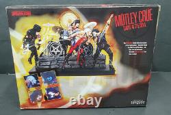 McFarlane Motley Crue Shout At The Devil Deluxe Box Set Figures &Stage Sealed K3