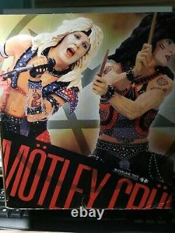 McFarlane Toys Motley Crue Shout at the Devil Deluxe Boxed Edition Set New stage