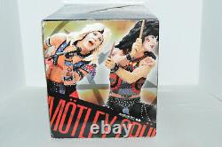 NEW McFarlane Motley Crue Shout At The Devil Deluxe Box Set Figures & Stage RARE