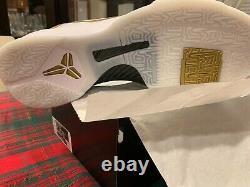 Nike Kobe 5 ProTro Big Stage/Parade, White/Metallic Gold-Black, 14, New with box