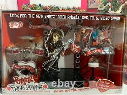 Unique Boxed As New Vintage Bratz Doll Rock Angelz Instrumentz Stage Set (2005)